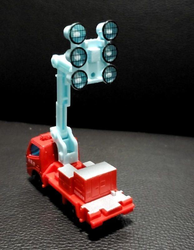 トミカ照明電源車