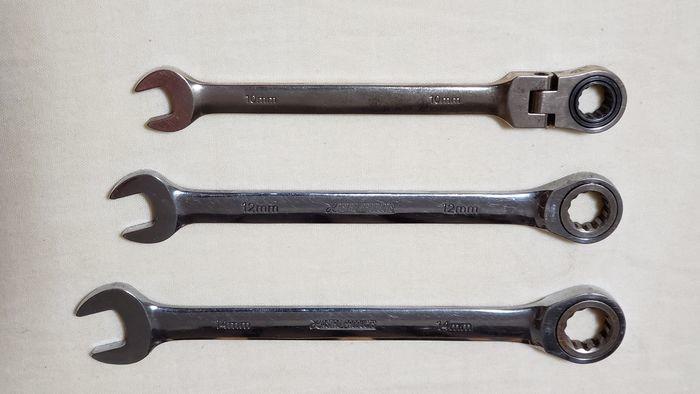 高価な工具