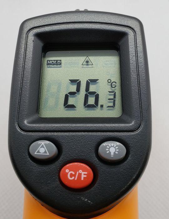 非接触温度計の使い方