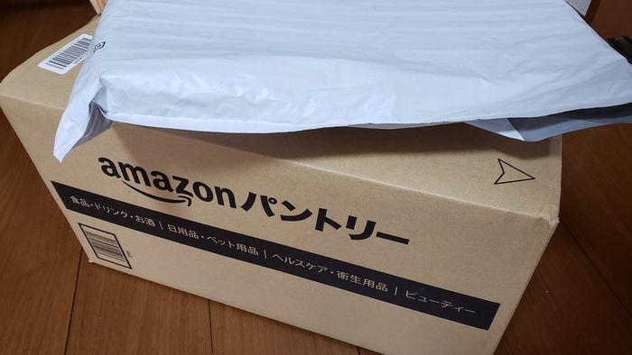 Amazonから届いた荷物