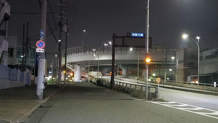 高速道路の高架
